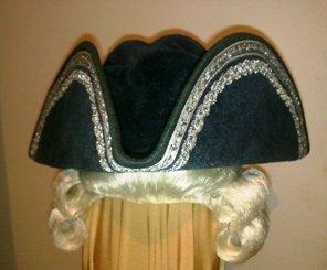 шляпа треуголка 1